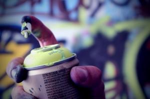 Lei proibe a venda de tinta spray para menores de 18 anos Foto: Victor Maróstica