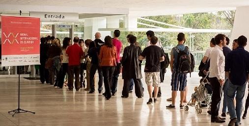 Bienal Internacional de Curitiba já contou com 30 mil visitantes em seu primeiro final de semana / Foto: Facebook da Bienal 2013