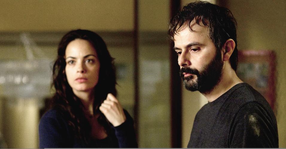 Marie e Ahmad, se reencontram após quatro anos, e terão de enfrentar questões delicadas sobre seu passado.