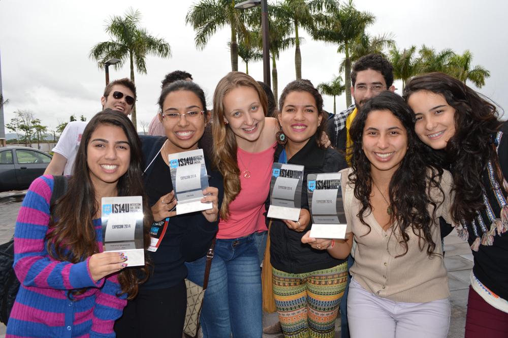 Estudantes de Jornalismo premiados