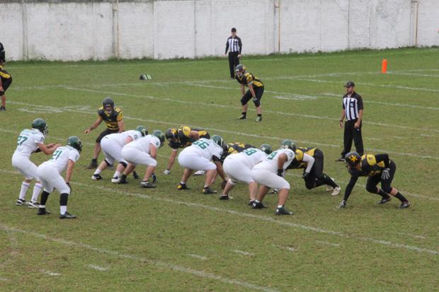 Objetivo dos atletas é marcarem touchdown