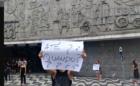 Bailarinos se despedem do Teatro Guaíra