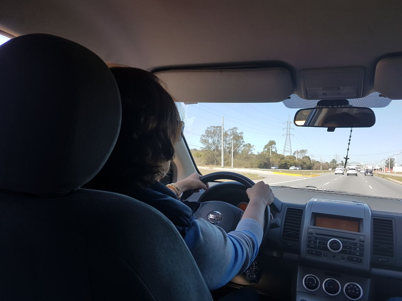 Com a crise financeira o número de pessoas tirando carteiras de motoristas diminui em Curitiba l crédito: Yasmin Graeml